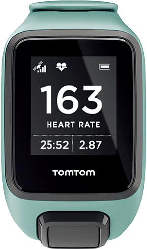 本体裏の光学式心拍計で脈拍計測ができる機種が急増。いまや心拍トレーニングは初心者ランナーでも簡単な時代だ。
