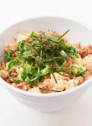 今日のタンパク飯「サバ缶と豆腐の速攻崩し丼」