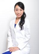 世界初の女医ボクサー、激闘デビュー戦!