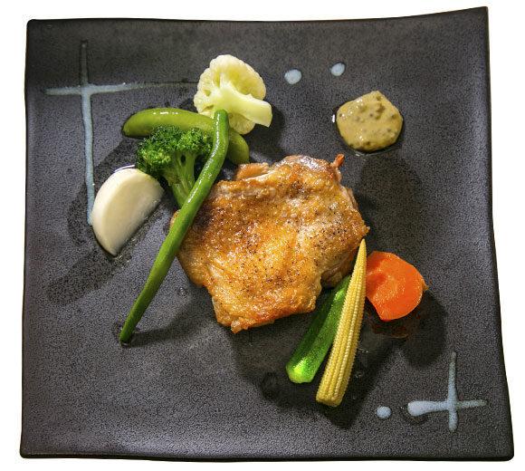 地養鶏もも肉のロースト